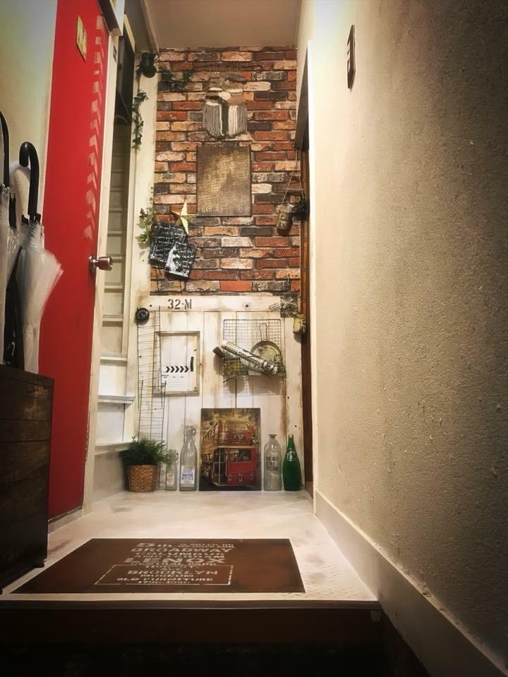 橋場氏による賃貸物件の玄関DIY事例